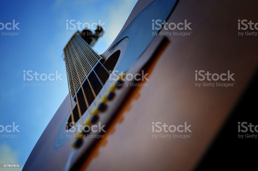Guitarra con Cielo Azul stock photo