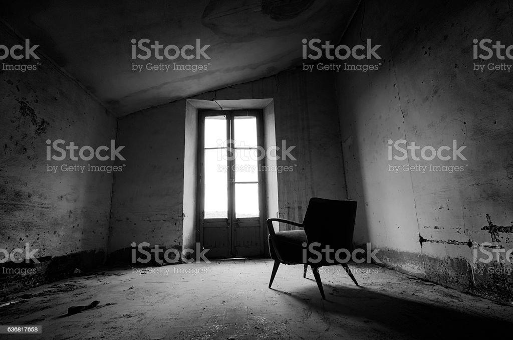 Habitación abandonada stock photo