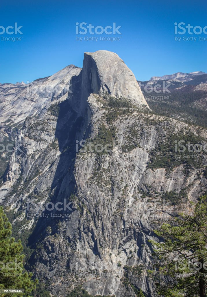 Skała Half Dome widziana z Glacier Point stock photo
