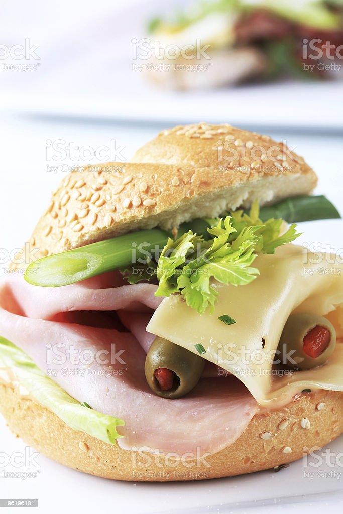 Бутерброд с ветчиной и сыром. Стоковые фото Стоковая фотография