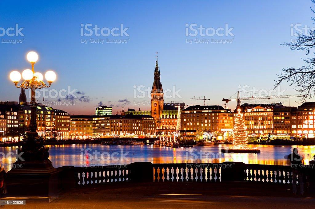 Hamburg Binnenalster mit Weihnachtsbaum stock photo