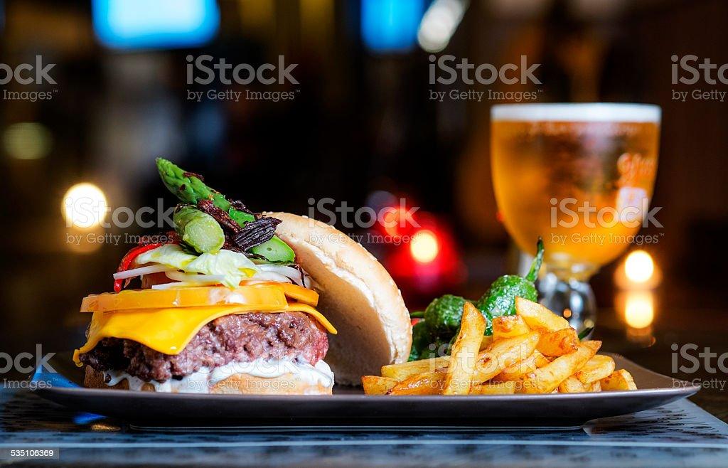 hamburguesa stock photo