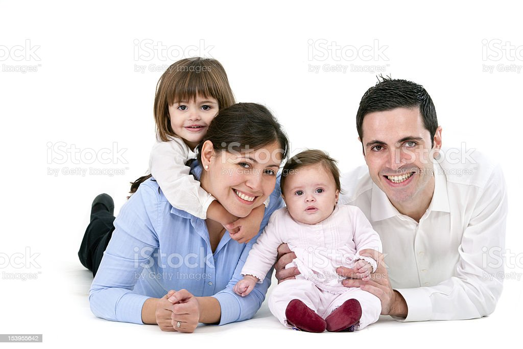 Heureuse famille isolé sur blanc photo libre de droits