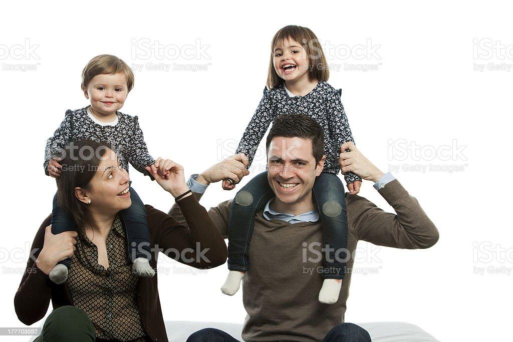 Famille heureuse de jouer. photo libre de droits