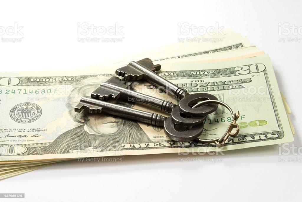 Hausschlüssel und Dollar Scheine stock photo