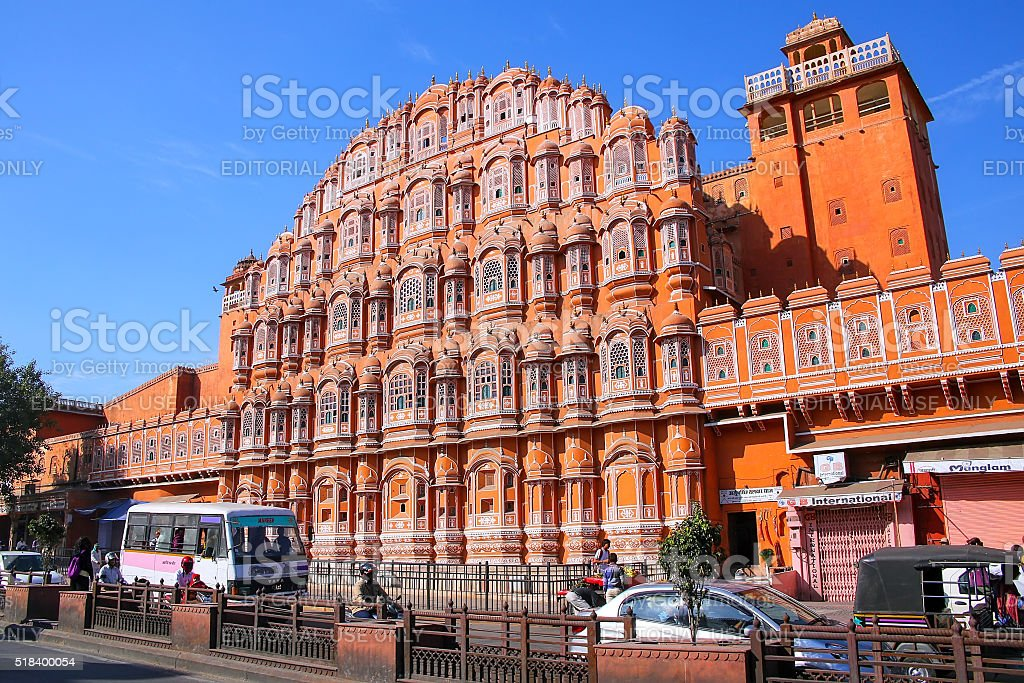 Hawa Mahal with road traffic in front of it, Jaipur stock photo