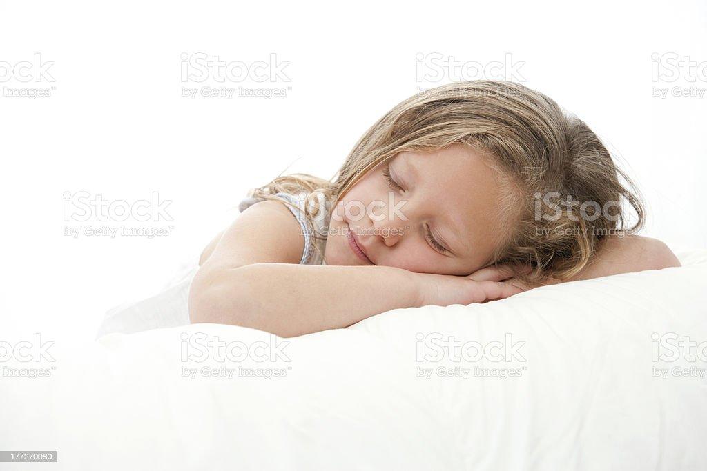 High-key portrait de fille dormir. photo libre de droits