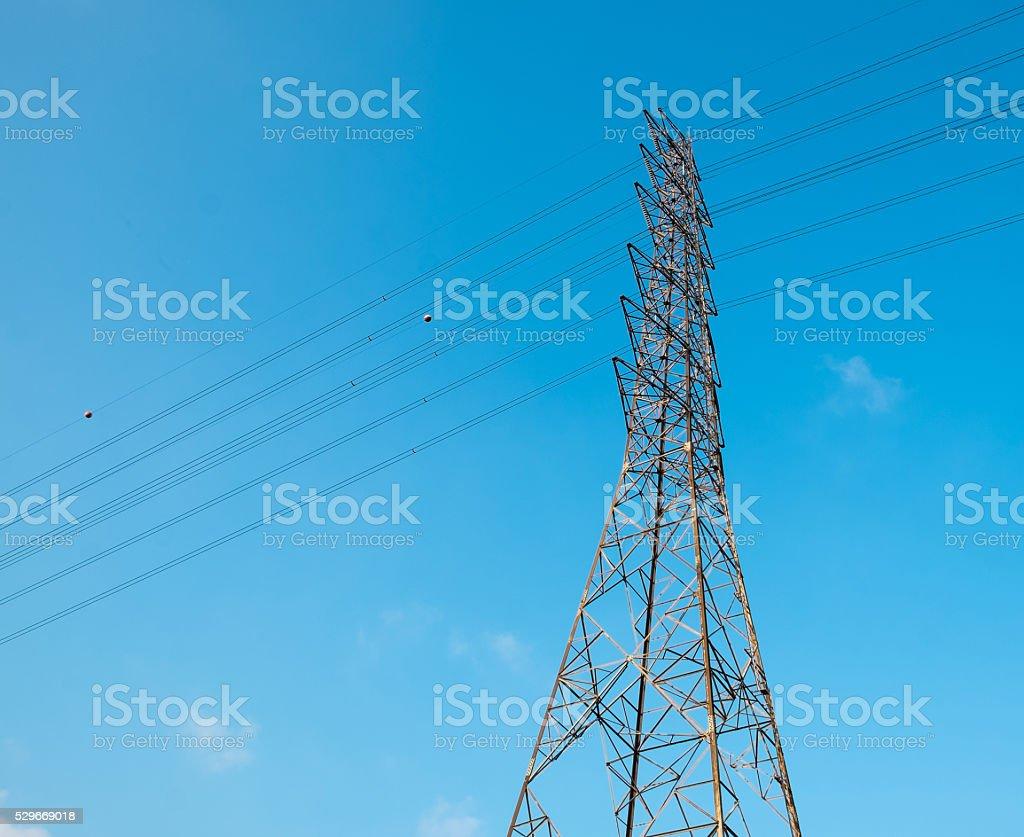 High voltage-pole-Fels Lizenzfreies stock-foto