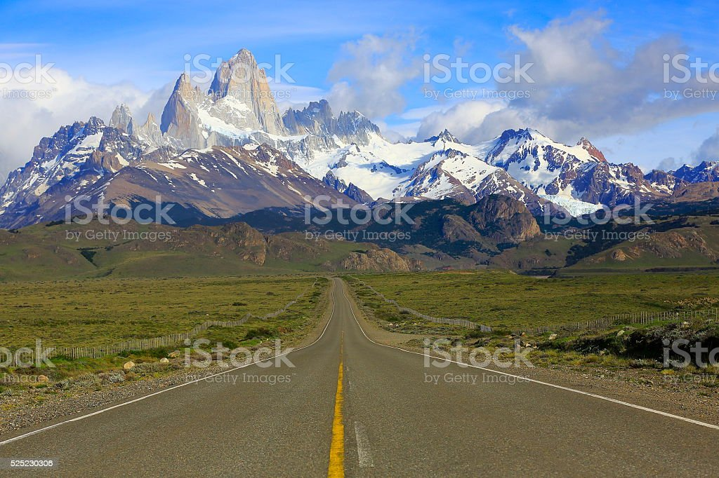 Highway Road into El Chalten, Fitzroy, Patagonia Argentina, Los Glaciares stock photo