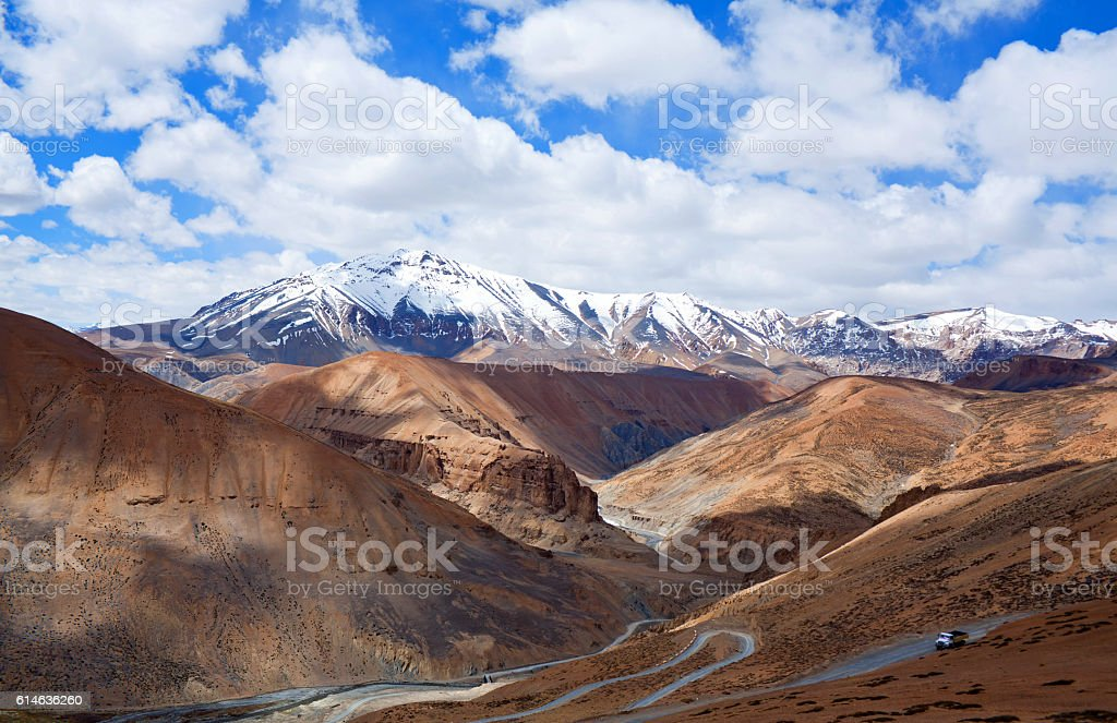 Himalayan mountain landscape along Manali - Leh road, India stock photo