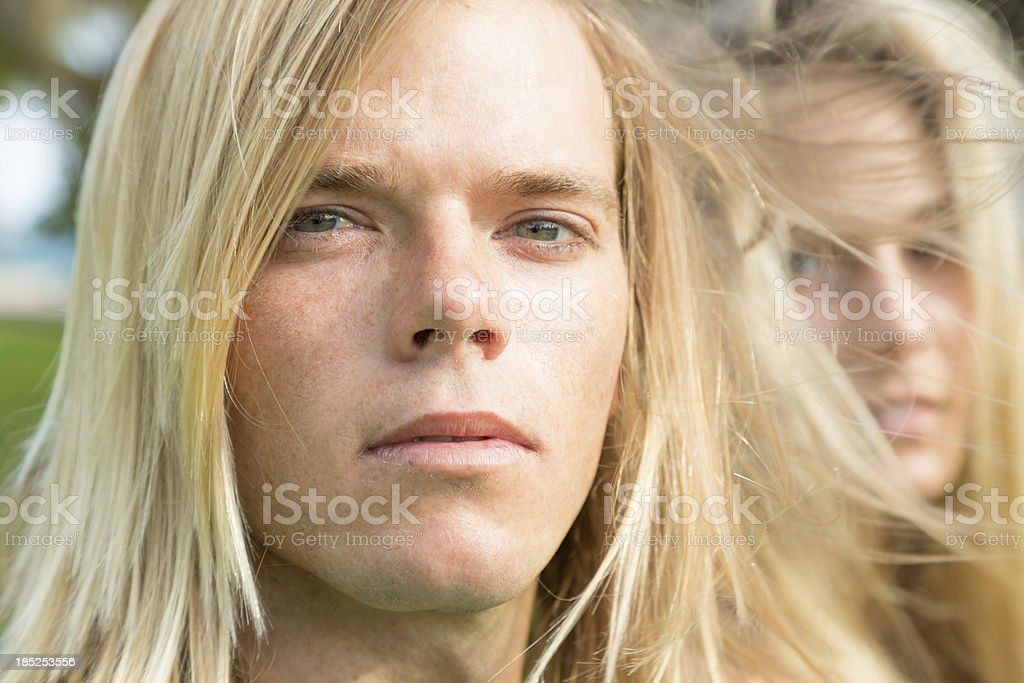 Hip surfer couple royalty-free stock photo