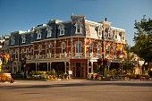 Historic hotel in Niagara