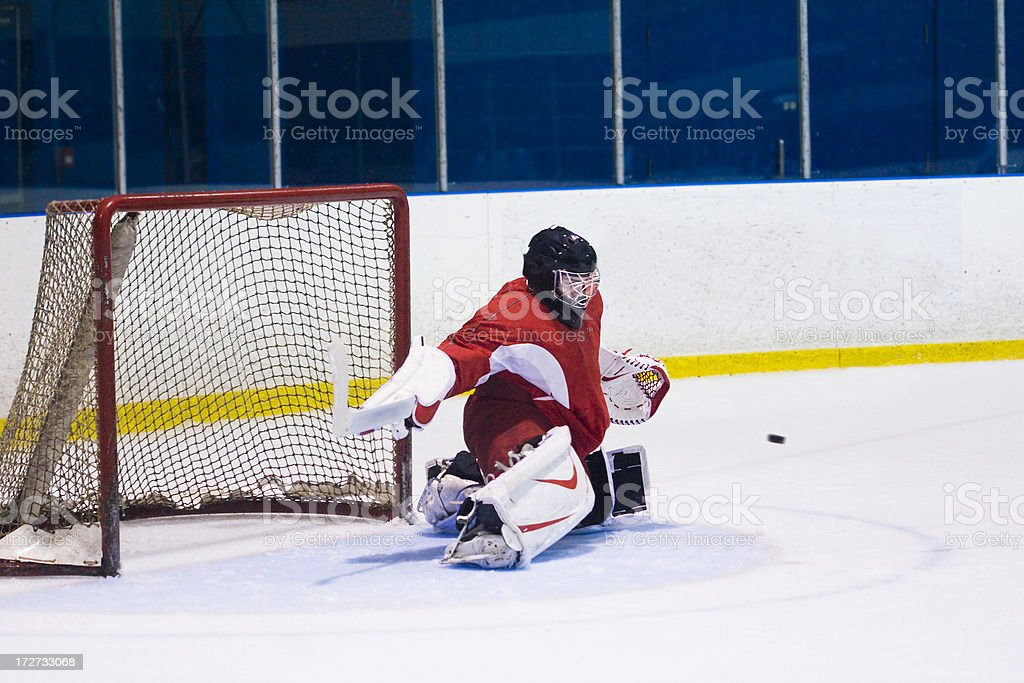 Goalie makes a fantastic save on a player