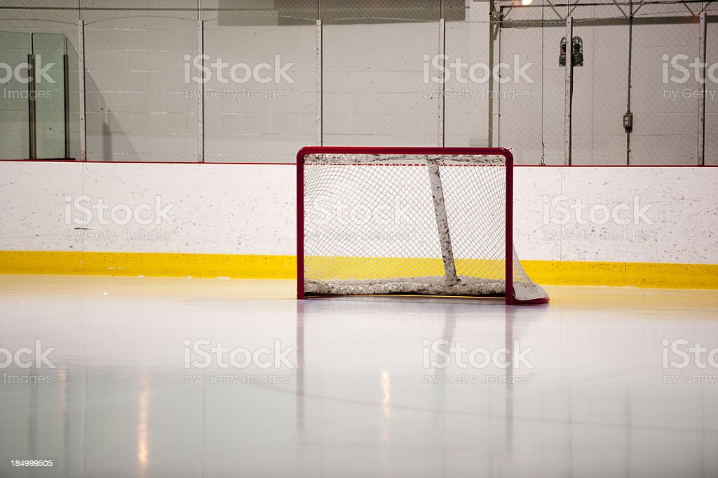 hockey ice goal net, patinoire stock photo