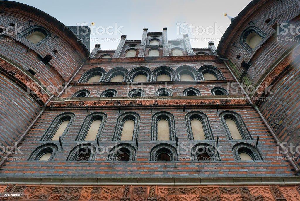 Holstentor o Holsten porta a Lubecca Germania foto stock royalty-free