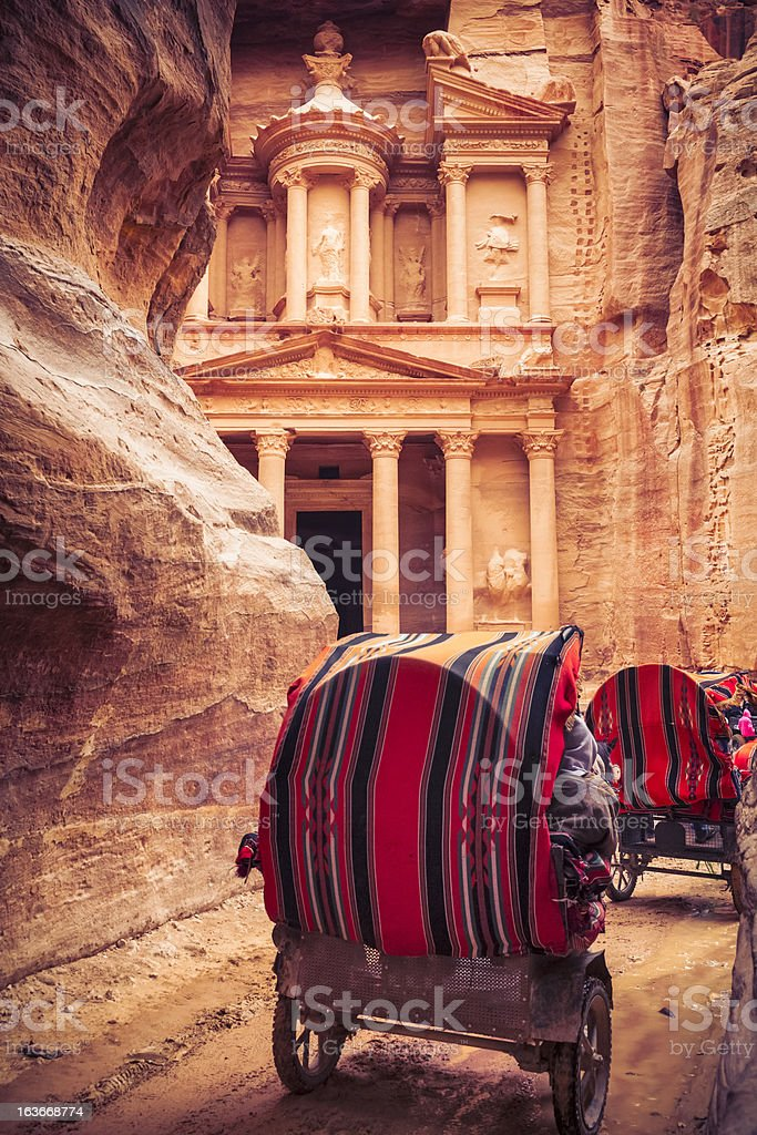 Horse-drawn carriage to Al Khazneh stock photo