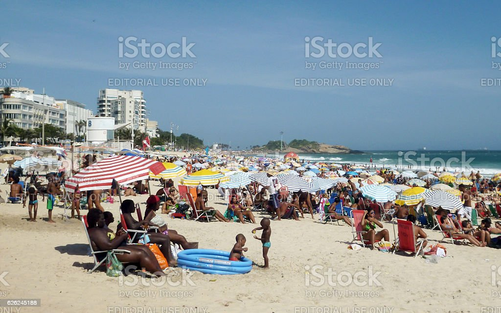 Hot day with bathers at Ipanema Beach in Rio stock photo