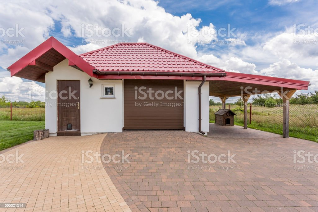 House front of a modern villa stock photo
