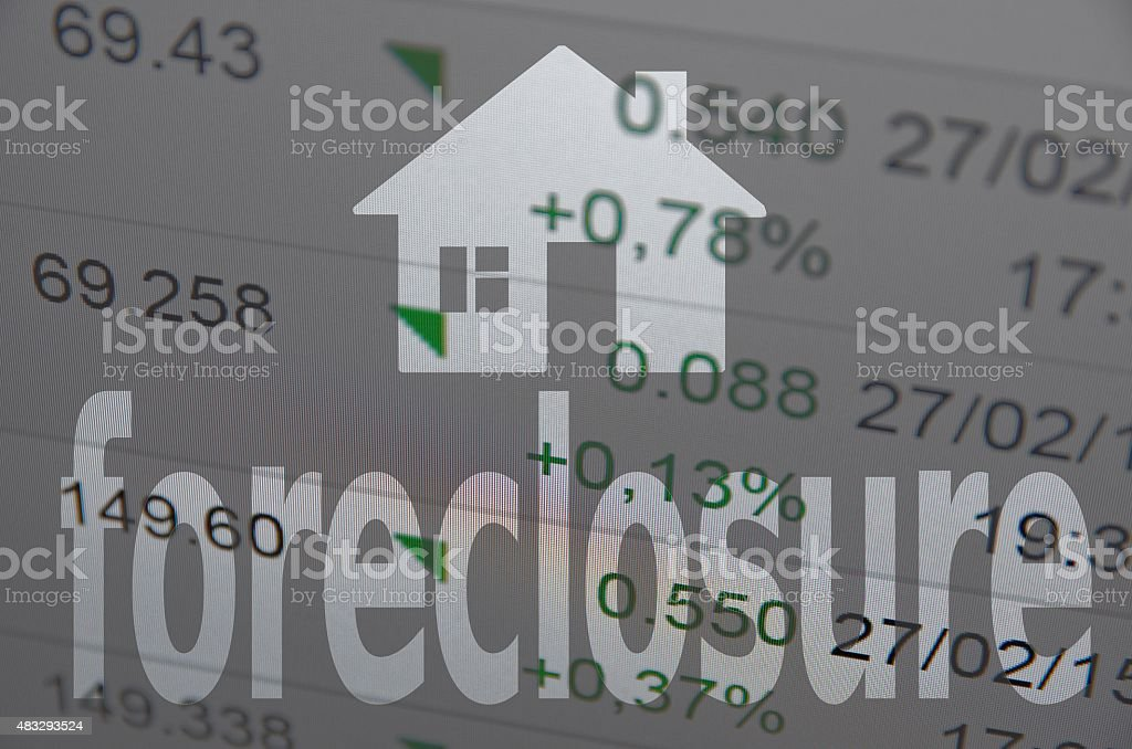 House icon and text Foreclosure on PC screen stock photo