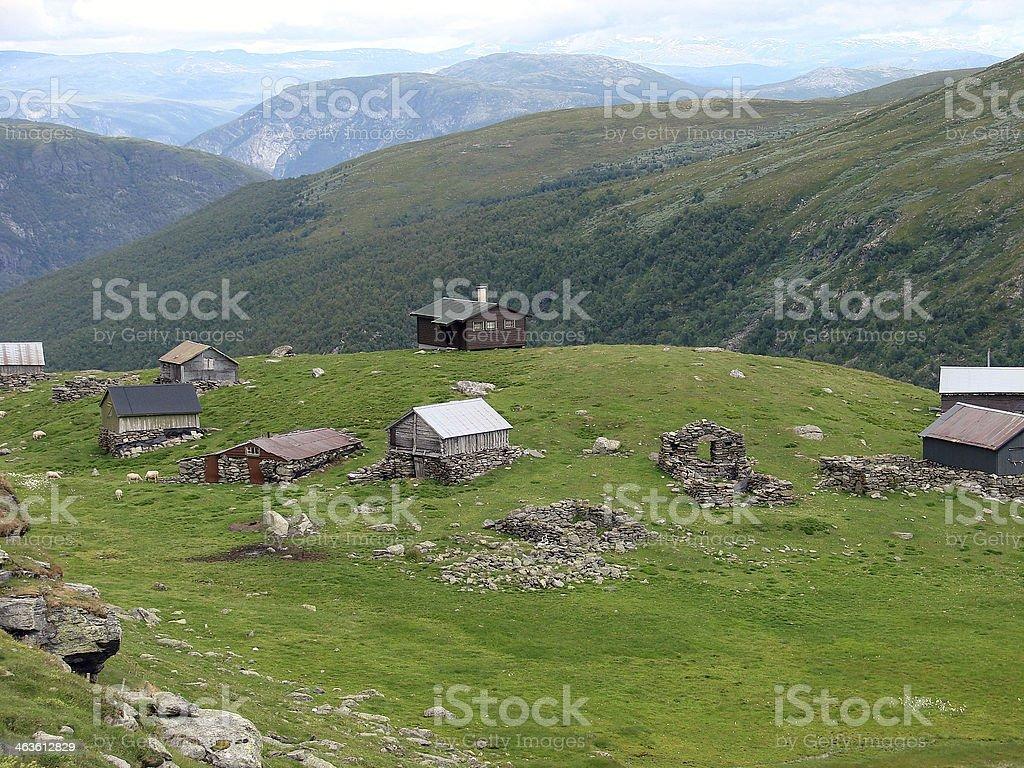 Casas nas montanhas foto royalty-free