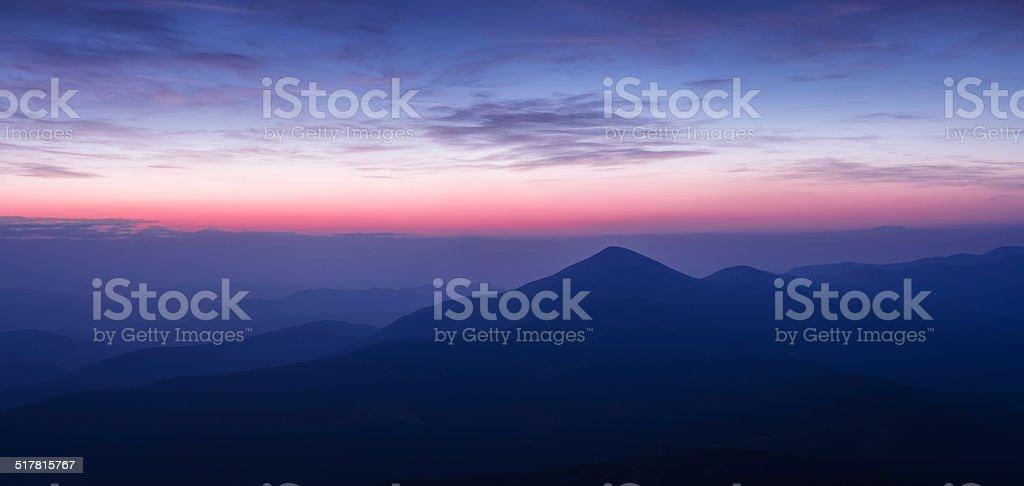Hoverla peak à l'aube photo libre de droits