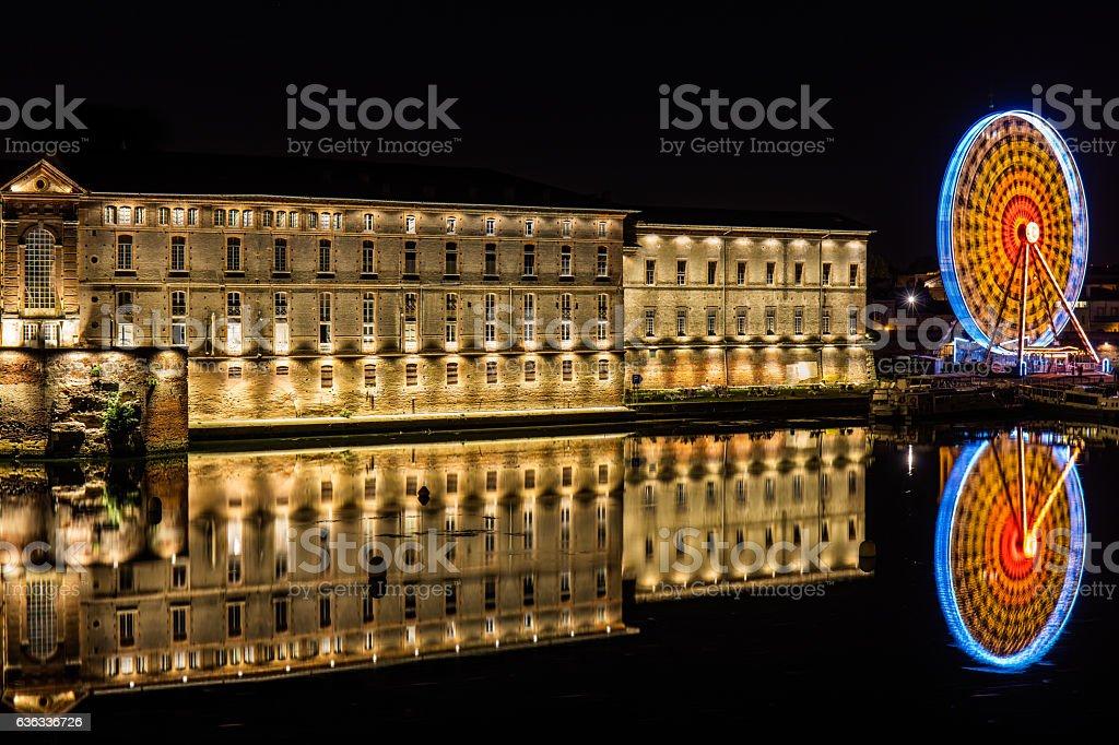 Hôtel-Dieu Saint-Jacques & Fairground - Toulouse - Frankreich stock photo