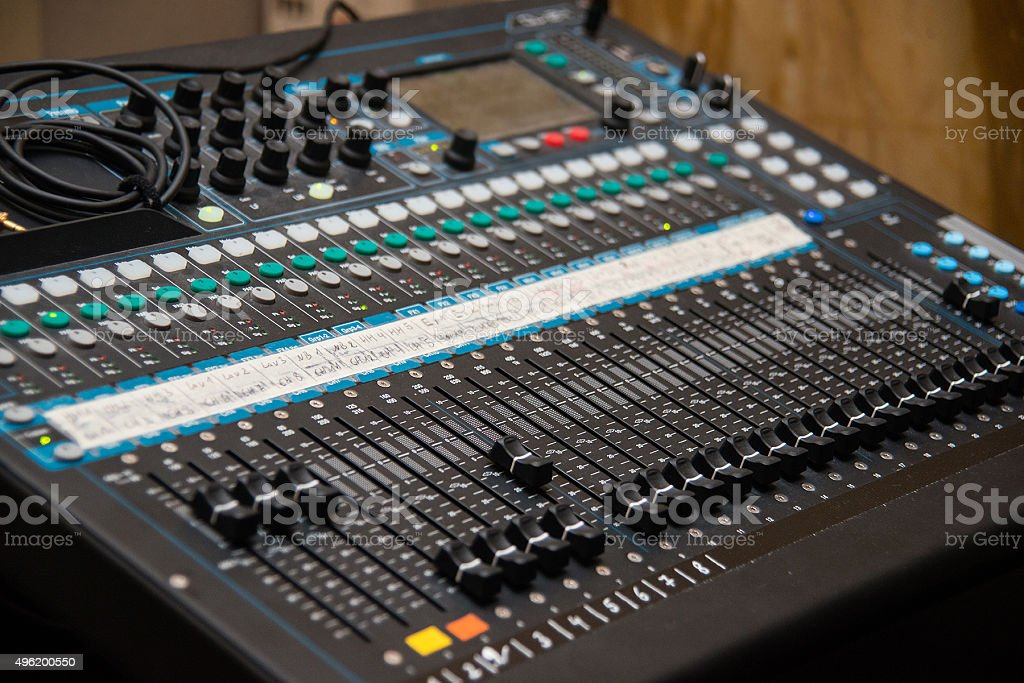 huge mixing desk - großes professionelles Mischpult stock photo