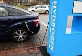 Hydrogen refueling on the hydrogen filling station