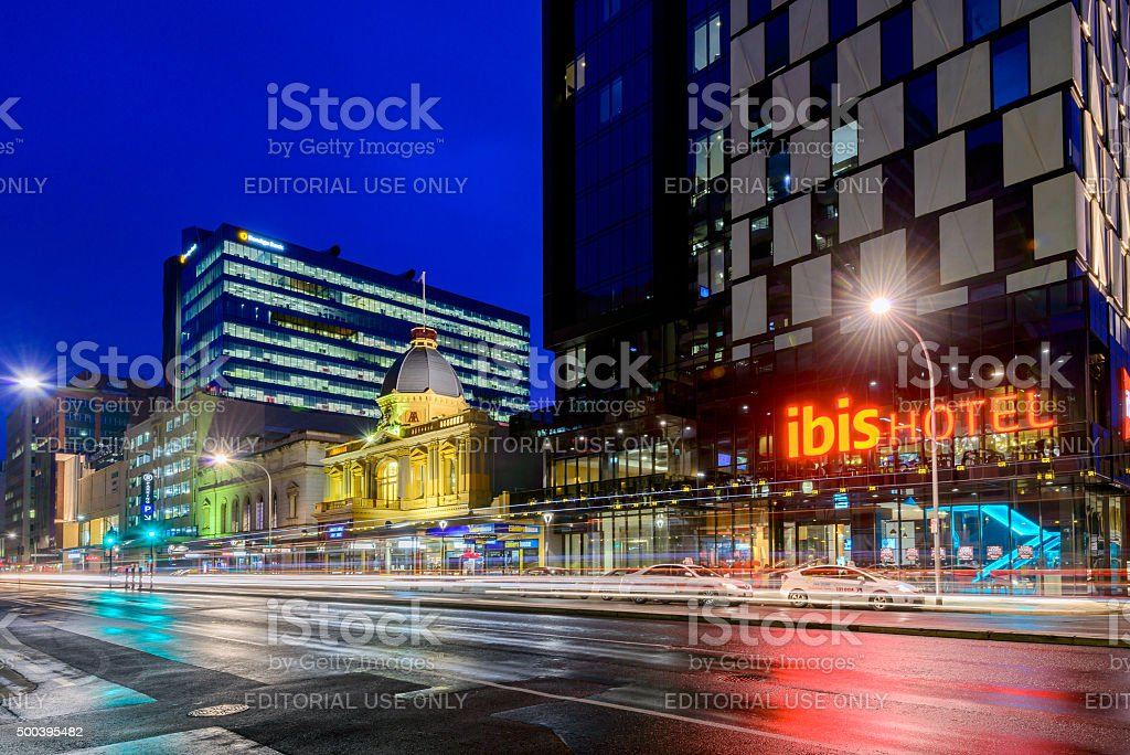 Ibis Hotel Adelaide with taxis at night stock photo