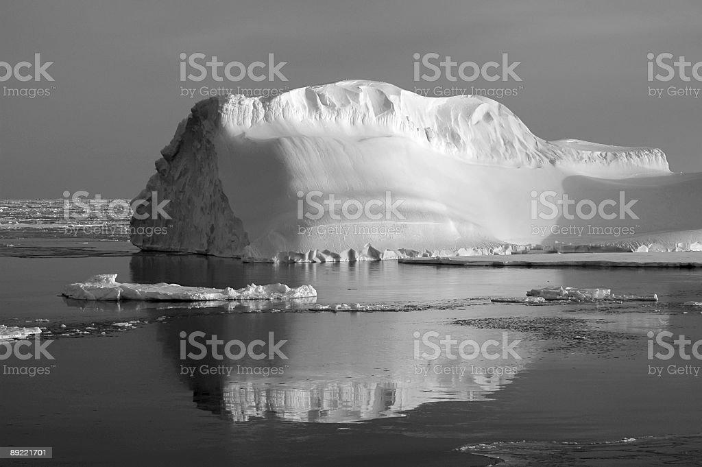 氷山ブラック/ホワイト ロイヤリティフリーストックフォト