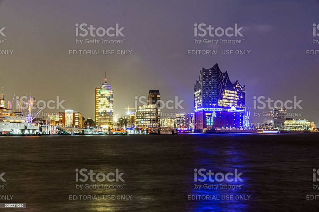 Illuminated Elbphilharmonie building at night at Hamburg-HafenCity in Hamburg stock photo