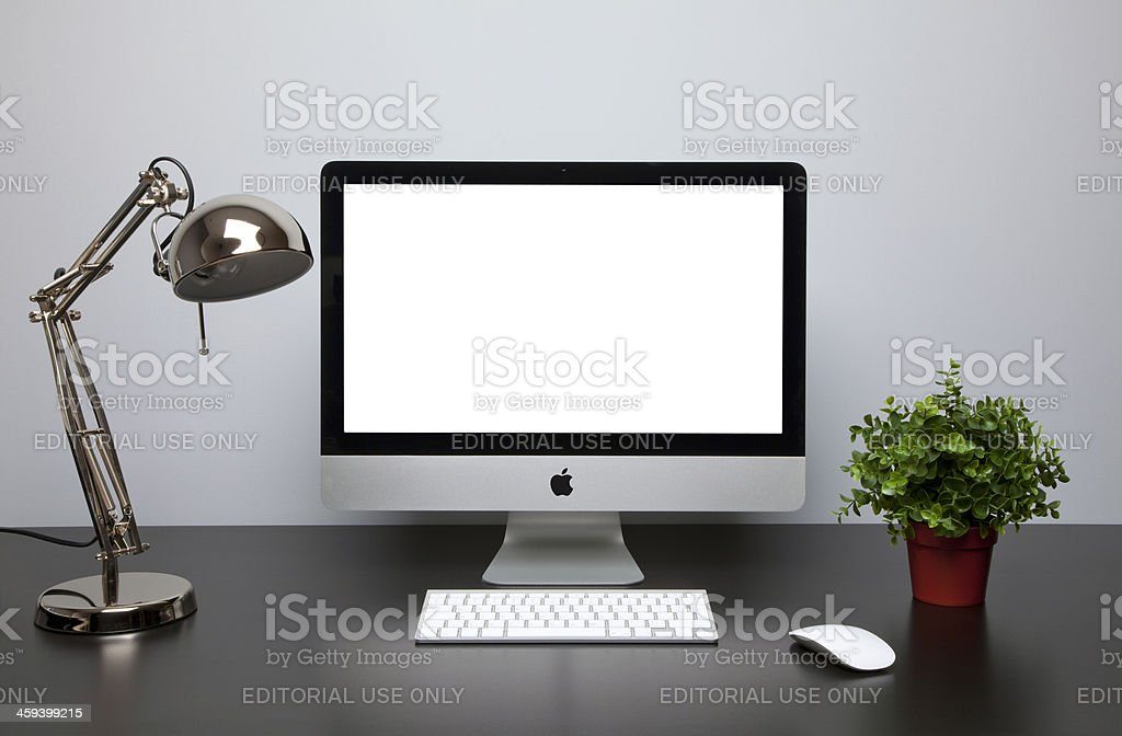 iMac computer with empty screen stock photo