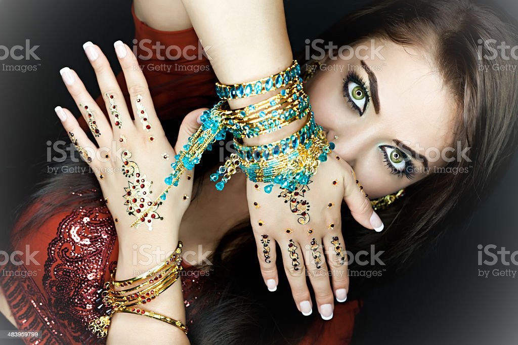 indian woman in traditional clothing royalty-free stock photo