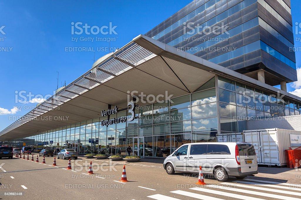 Ingang Vertrekhal 3 Schiphol stock photo
