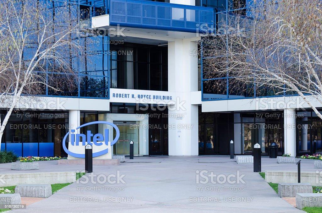 intel headquarters in mission college blvd of santa clara stock photo
