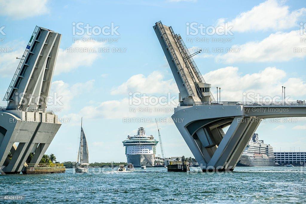 Intercoastal Waterway Open Drawbridge, Fort Lauderdale, USA stock photo