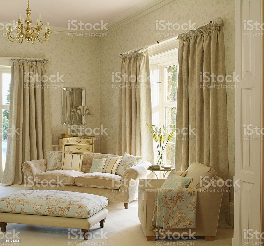 Interior of Traditional Livingroom / lounge royalty-free stock photo