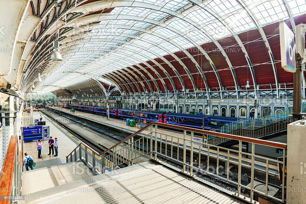 Interrior architecture of Paddingtson station stock photo