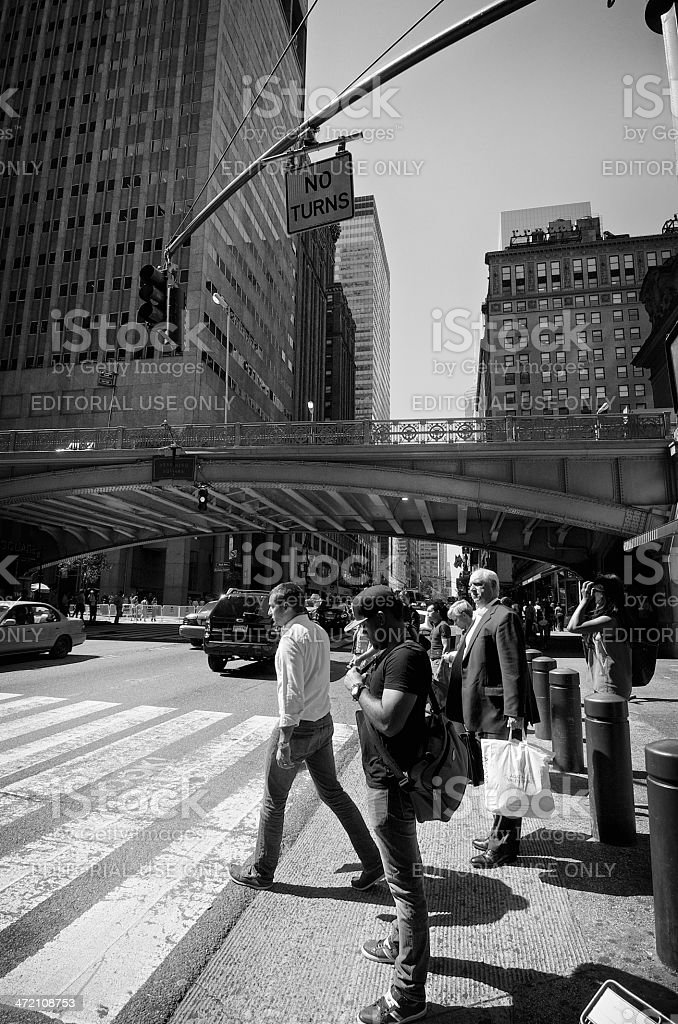 NYC Intersections, Pedestrians at 42nd St & Park Avenue, Midtown Manhattan stock photo