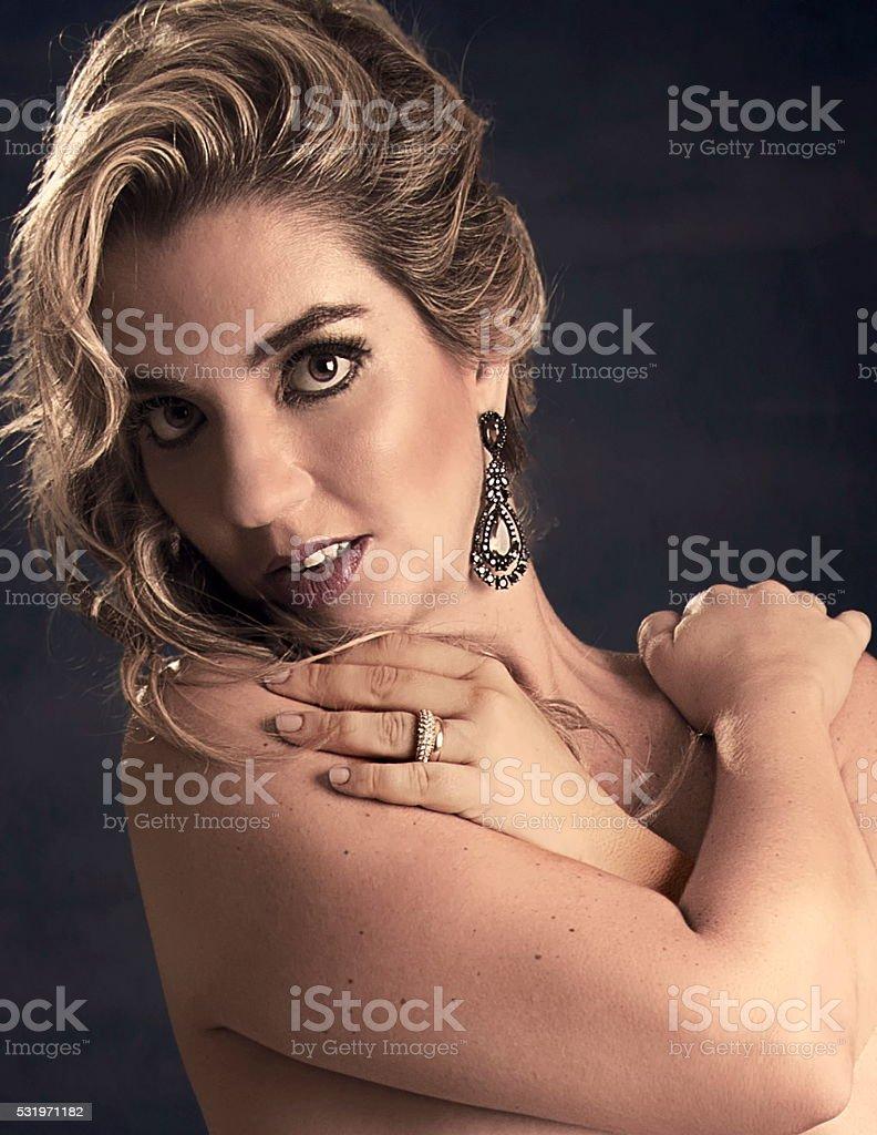 Интимный женский фото портрет