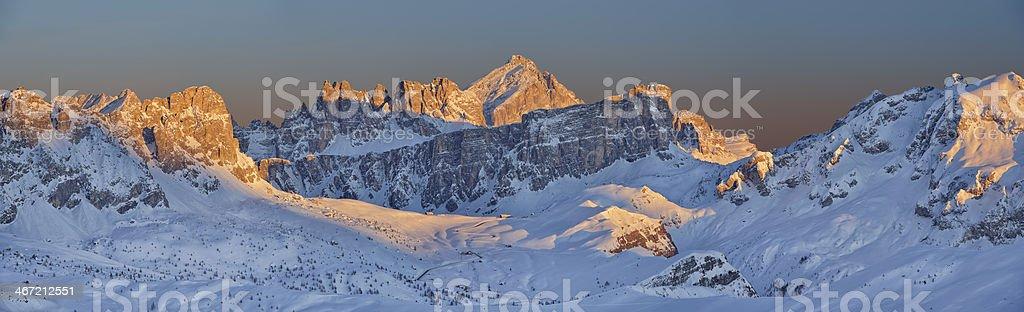 Inverno nelle Dolomiti stock photo