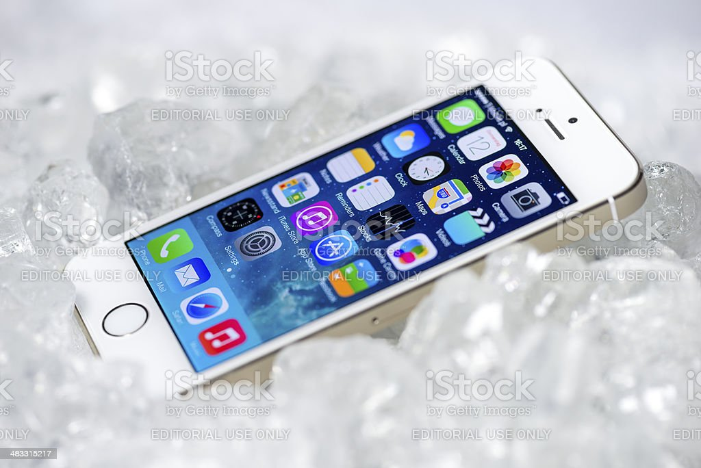 iPhone 5S on ice royalty-free stock photo