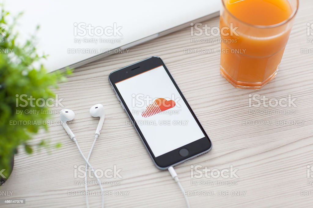 iPhone 6 Space Gray with SoundCloud on the screen stock photo
