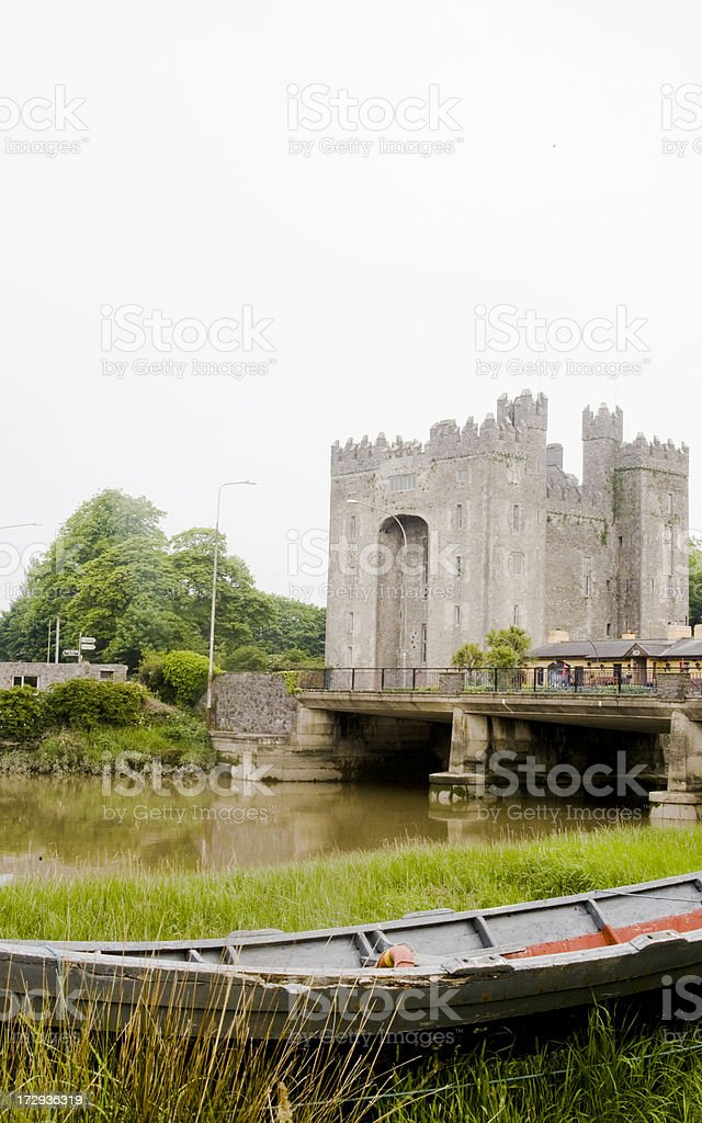 Ireland: Bunratty Castle in County Clare stock photo