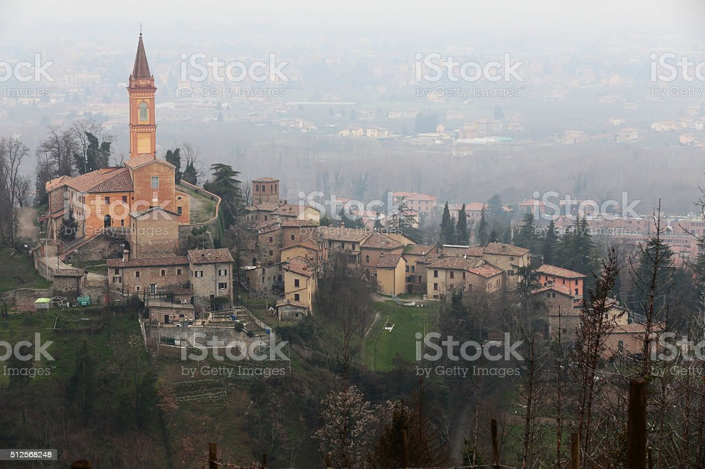 Italia, borgo medievale (Savigno sul Panaro) royalty-free stock photo