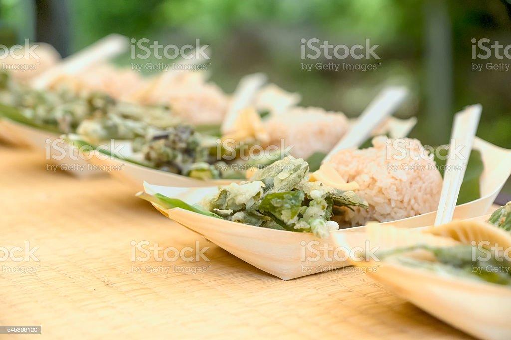 Japanese Gourmet Vegan, Vegetarian Outdoor Picnic Lunch, Compostable Bowl, Chopsticks stock photo