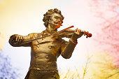 Johan Strauss statue, Vienna