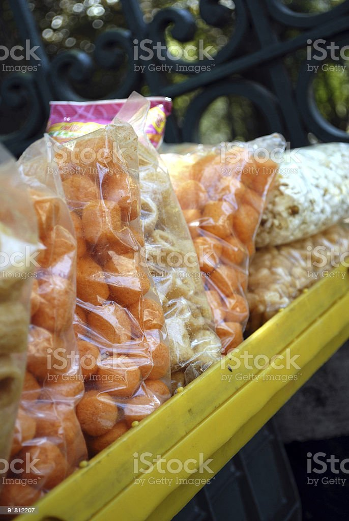 Comida Chatarra, chicharrón y palomitas stock photo