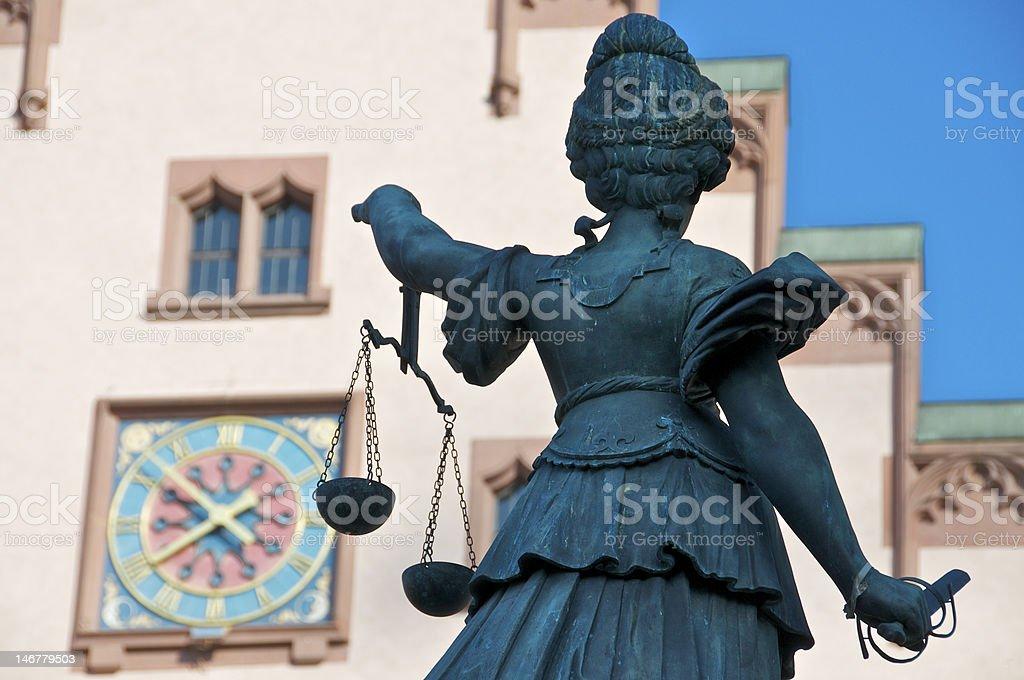 Justicia avec épée et échelles photo libre de droits