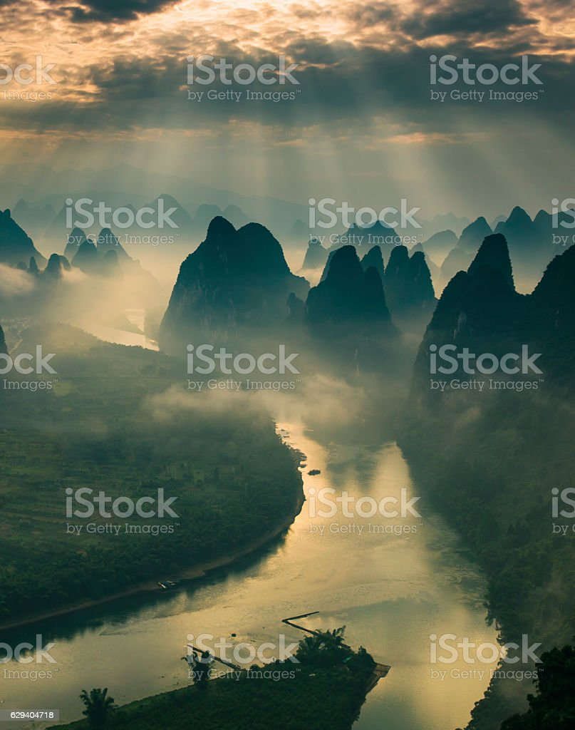 Karst mountains and river Li in Guilin/Guangxi region of China stock photo